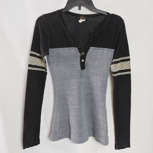 Free People Gray Black Thermal Henley Shirt Sz S